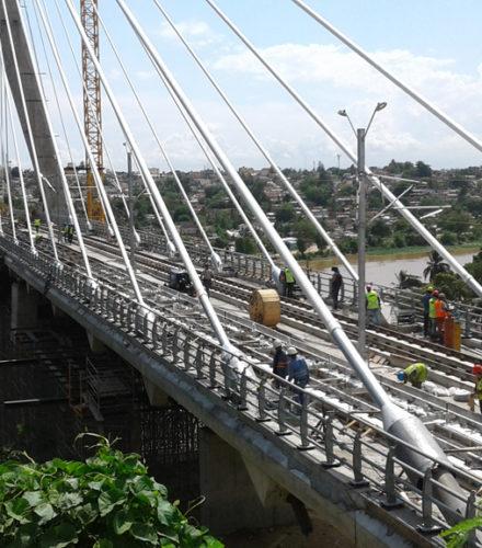 Bridge Railings Metro Bridge – Grupo Malespin